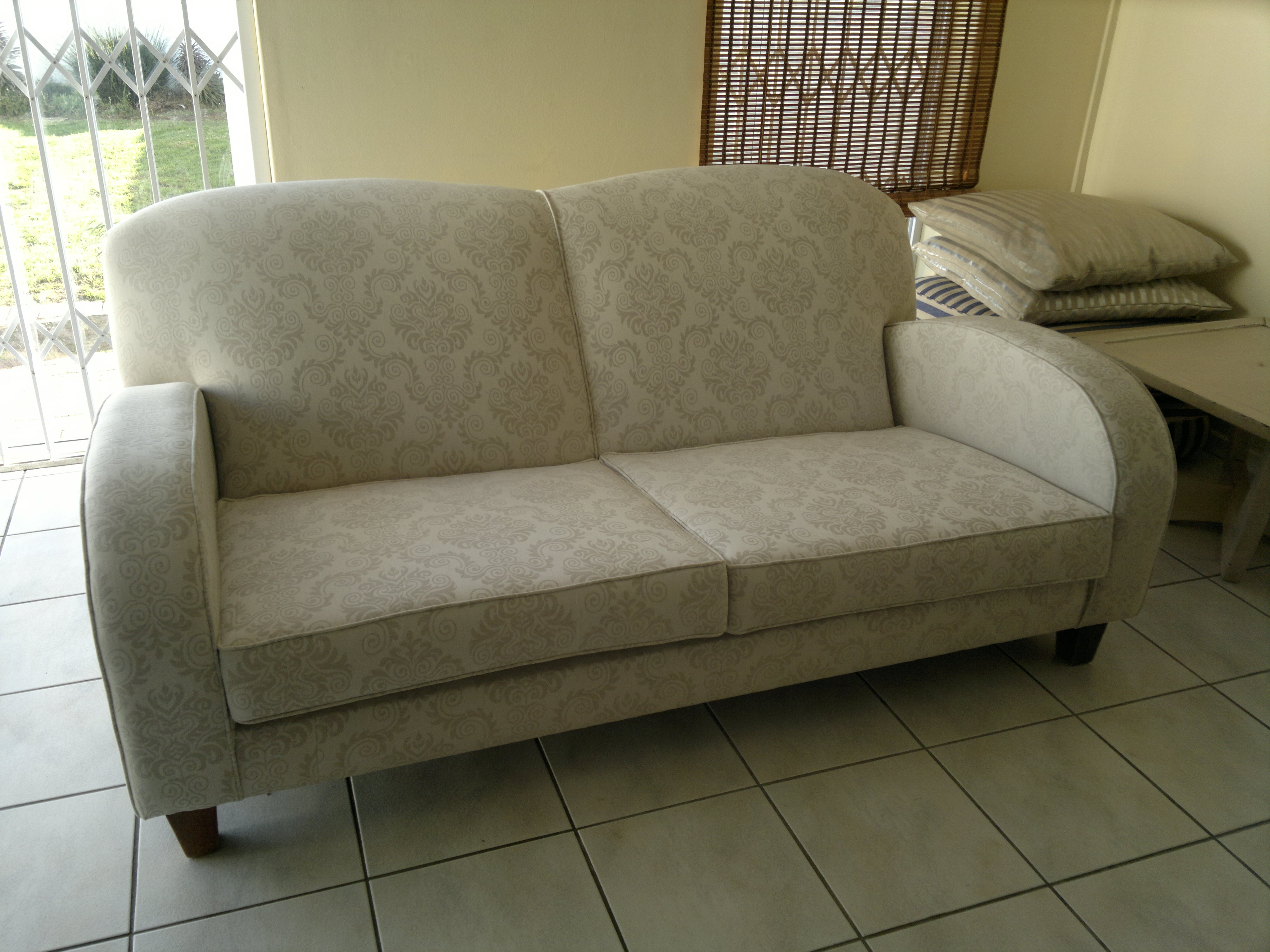 Sofa upholstery upholstery cape town for Recover furniture cape town