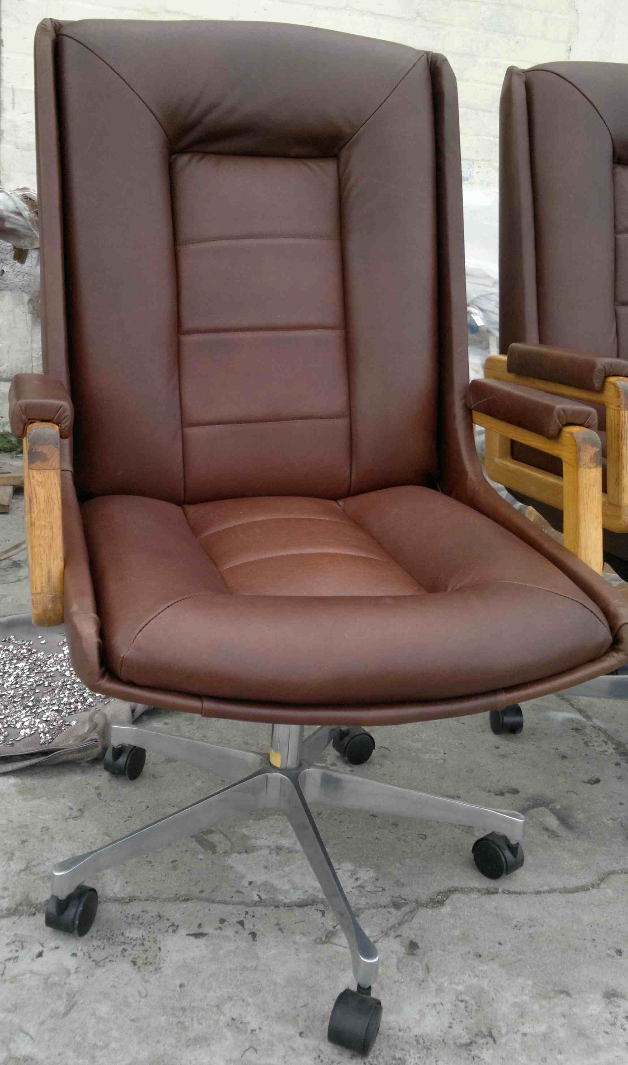 Reupholstery of leather office chairs upholstery cape town for Recover furniture cape town